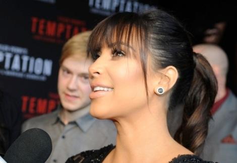kim-kardashian-temptations-premiere-031613-3-900x675