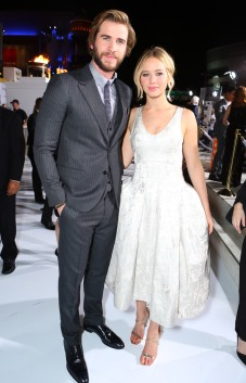 Liam Hemsworth, Jennifer Lawrence