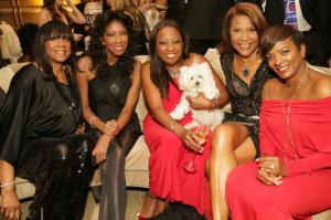 Natalie Cole, Star Jones, Vanessa Bell Calloway with guests
